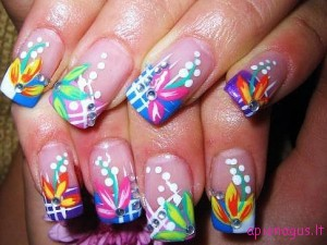 colored_nails2_thumb